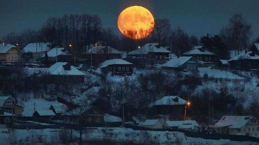 TASS_19175037 В небе над Россией появится кровавая суперлуна